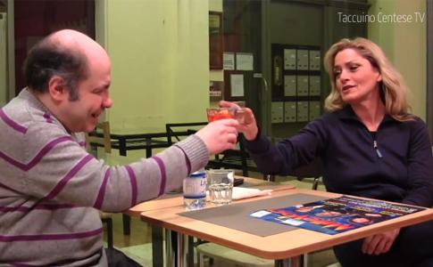 Stefania Cento all'aperitivo con Larry