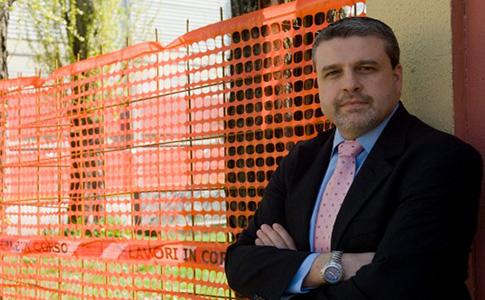 Il sindaco di San Giovanni tenta di fare chiarezza sull'outlet