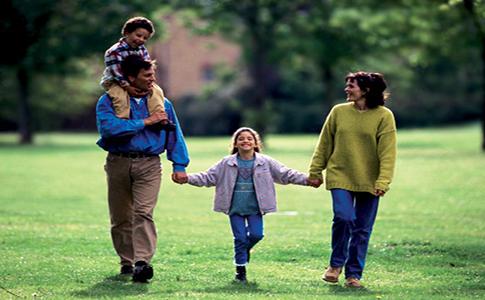 Fava: i termini padre e madre rimangano sulla modulistica comunale