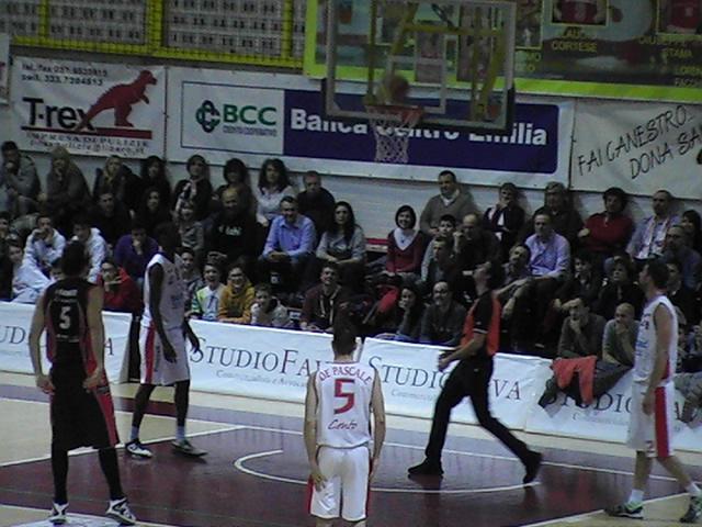 Basket: Incredibile ma vero: Cento 80 vs Pavia 90…perchè! Dopo una partita condotta sempre avanti?!