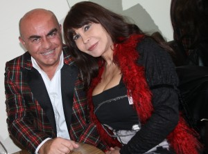 nella foto sele de rose in compagnia del conduttore televisivo Giuliano Monari