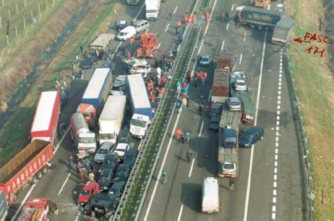 """Incidenti Autostrada: Dell'Orco (M5S) a Delrio: """"E' ora di affrontare il gravoso problema!"""