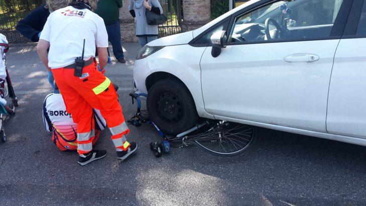 CORPORENO DI CENTO (FE)  – INCIDENTE NELLA MATTINATA COLLISIONE TRA UN AUTO E UN CICLOAMATORE …VEDI NOTA !