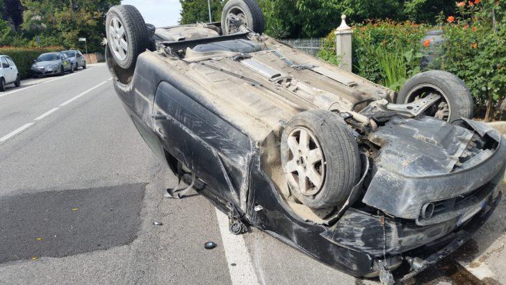 RENAZZO DI CENTO (FE)  – INCIDENTE IN VIA MAESTRA GRANDE AUTO CAPOTTA!